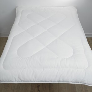 Flame Retardant Quilt 50 Wash 10.5 Tog  - Double Bed